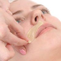 femme épilation moustache nîmes